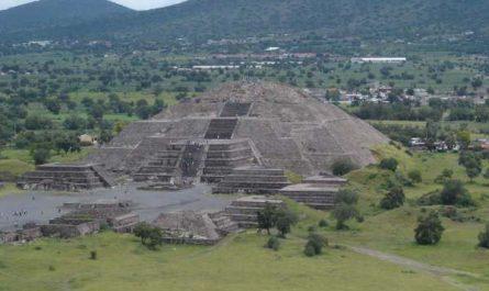 Piramides de Teotihuacan en México