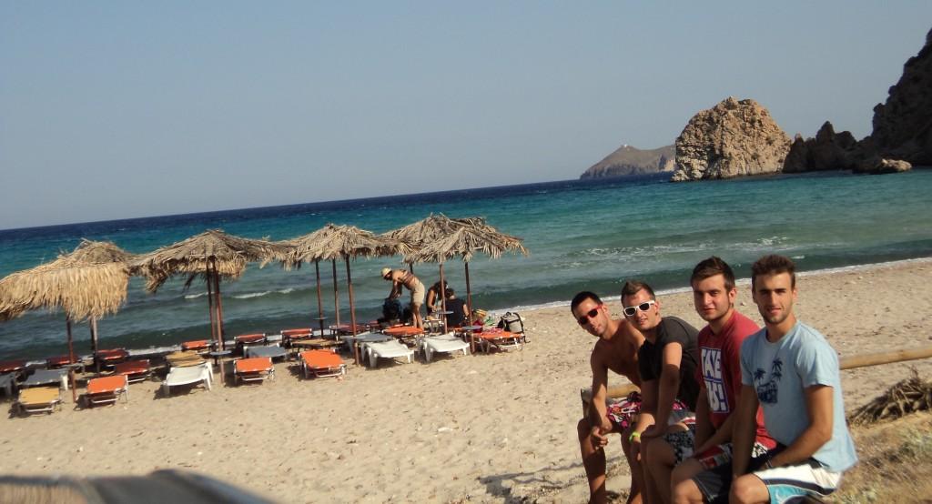 Playa de Plathiena, una de las mejores de Milos
