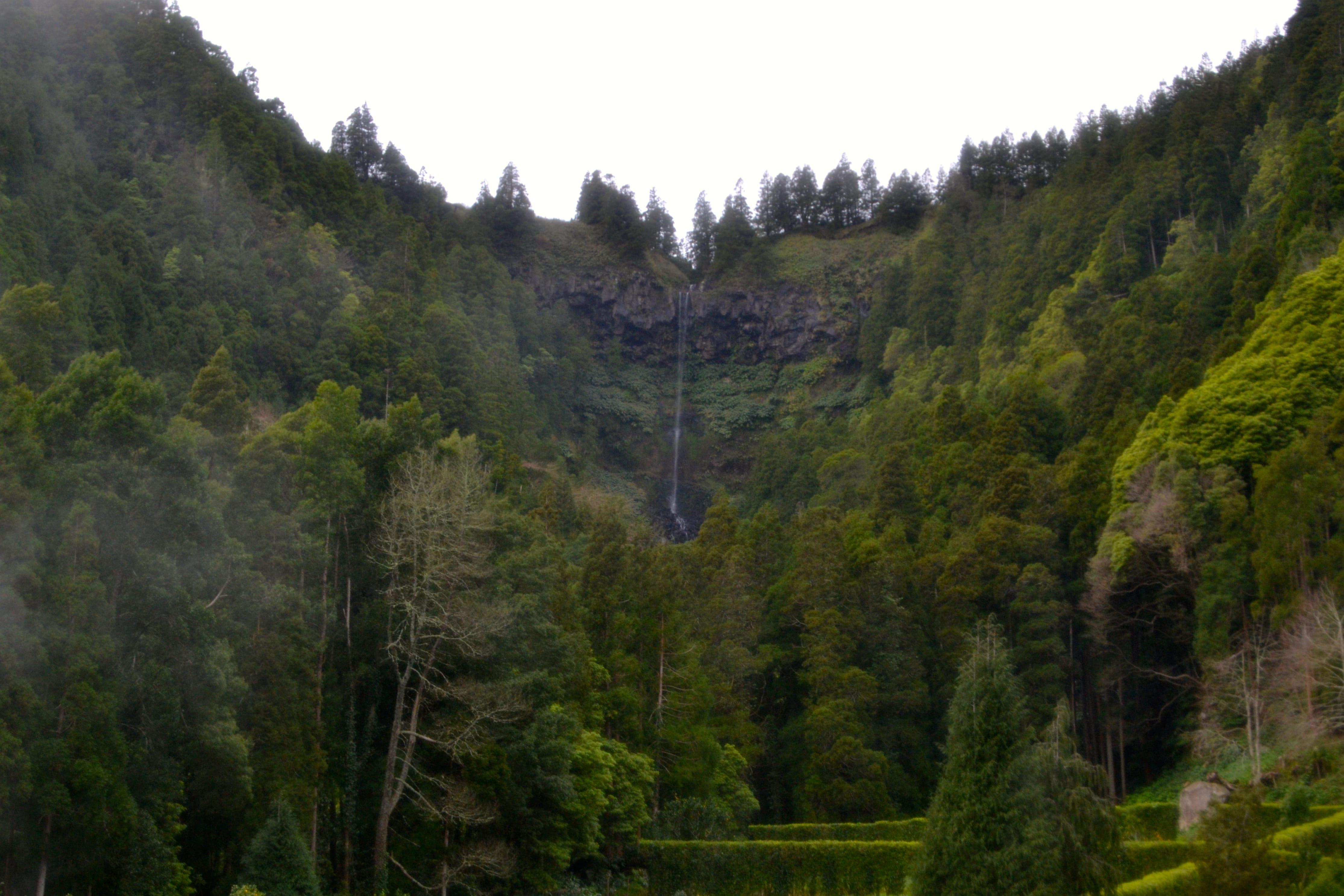 Una de las incontables cascadas de Sao Miguel