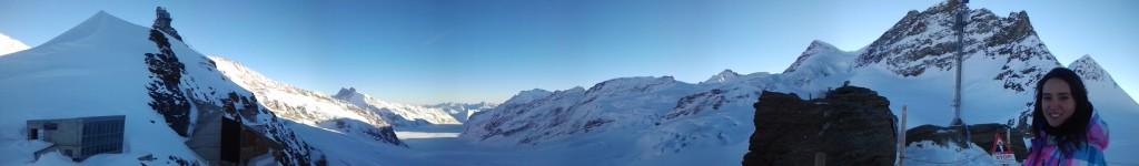 Vista del glaciar desde fuera del complejo