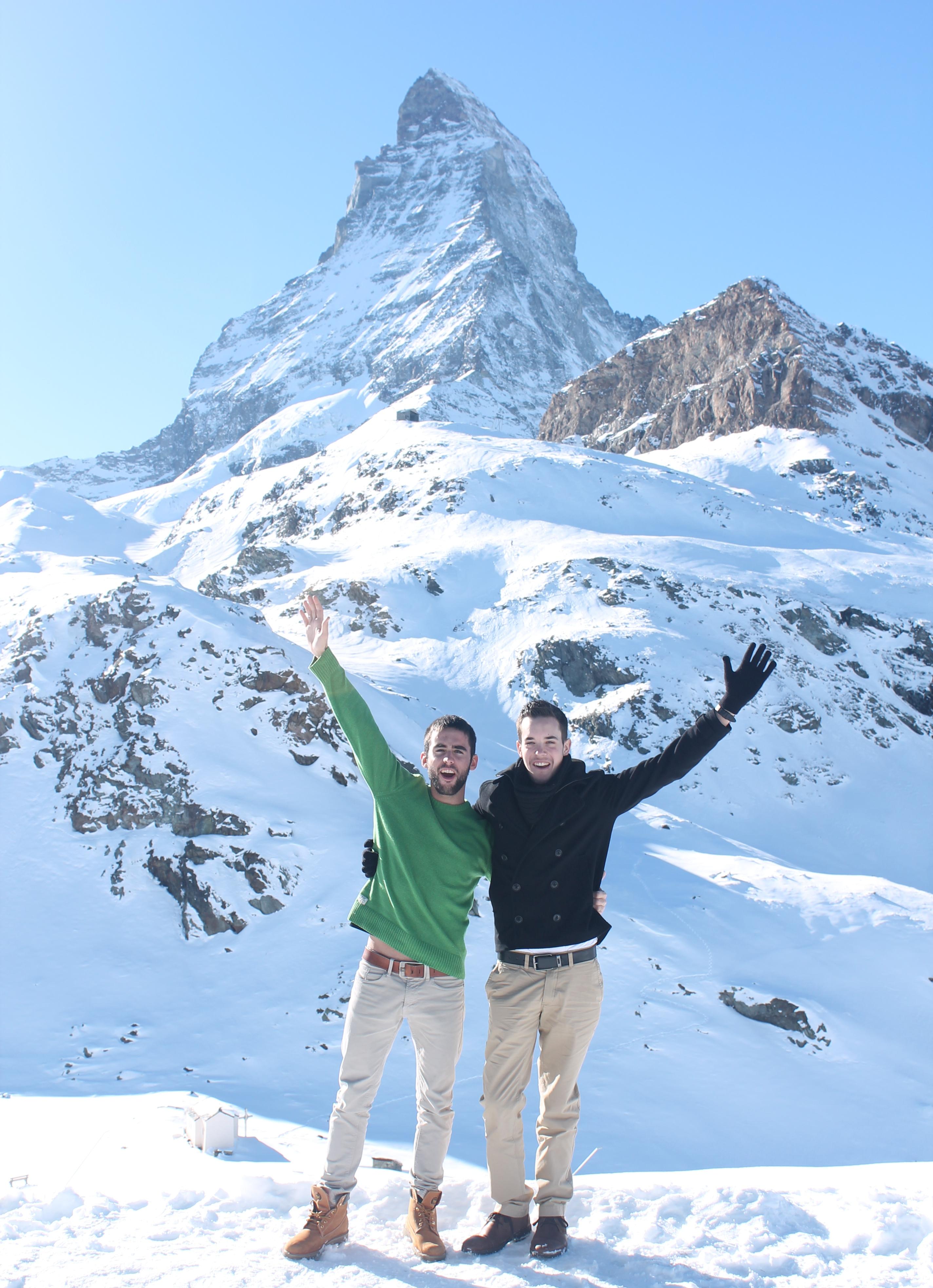 Vista del Cervino / Matterhorn en una conexión de teleféricos