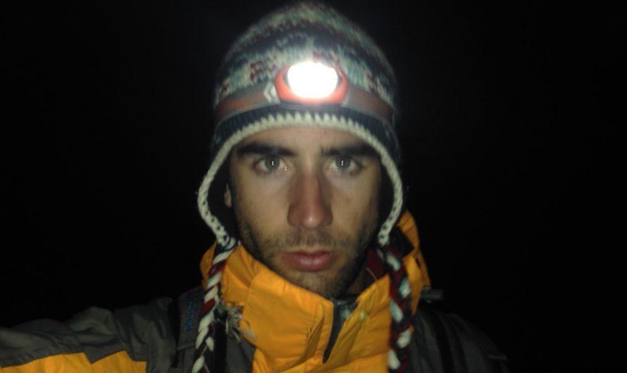 Emergencia y travesía de noche en el Himalaya