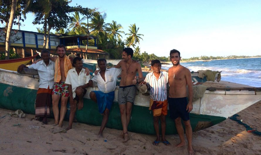 Pescando con la gente local en Tangalle (Sri Lanka)