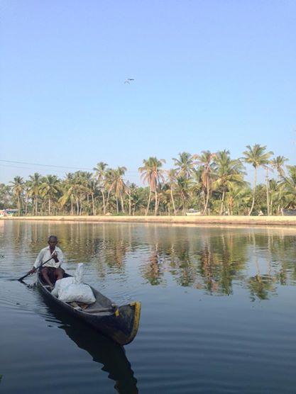 Los Backwaters Kerala de son navegables