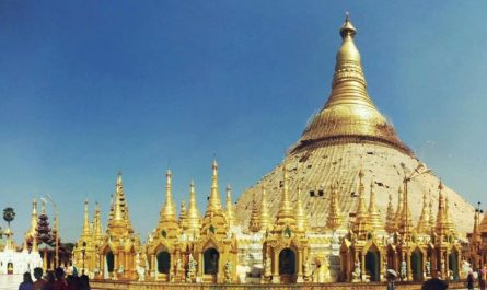 Pagoda Shwedagon en Rangún (Myanmar)
