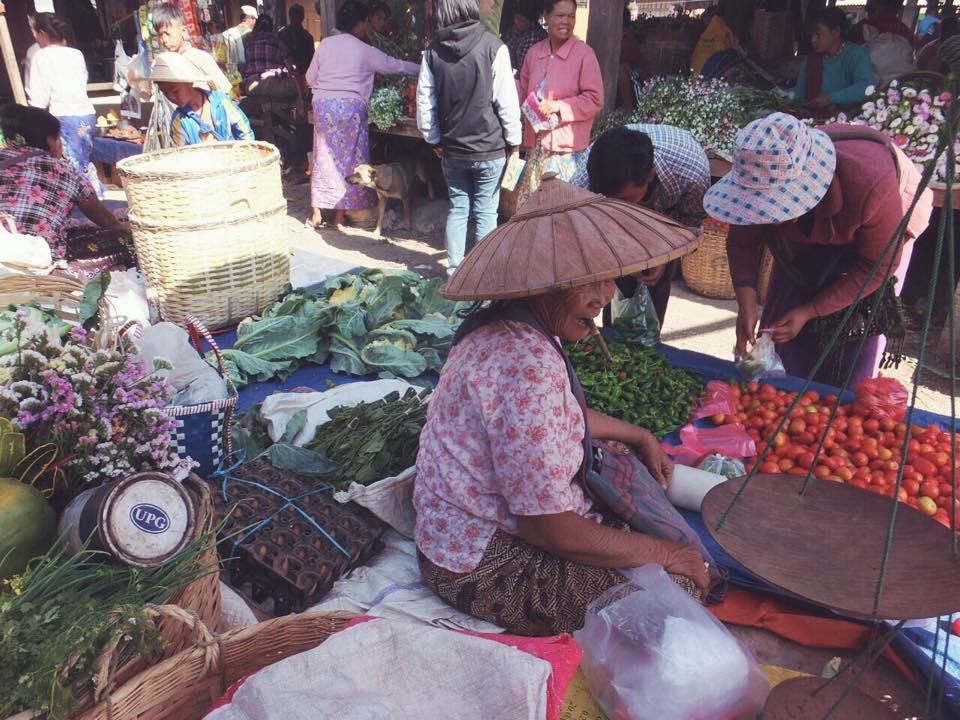 Mercado Local Lago Inle