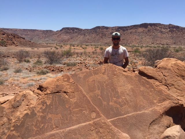 Petroglifos y paisaje de Twyfelfontein (Namibia)