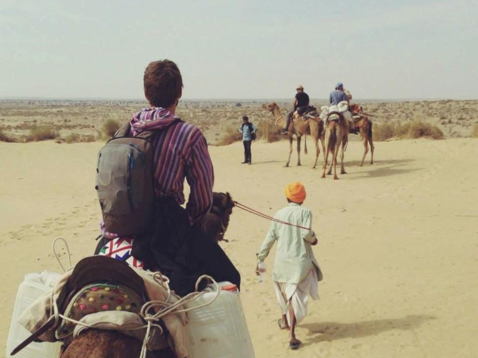 Desierto del Tar en Camello. Viaje a la India Mochilero.