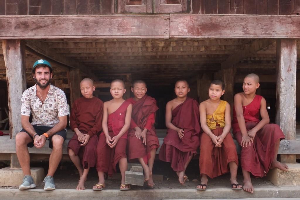 Niños monje en Hsipaw (Myanmar)