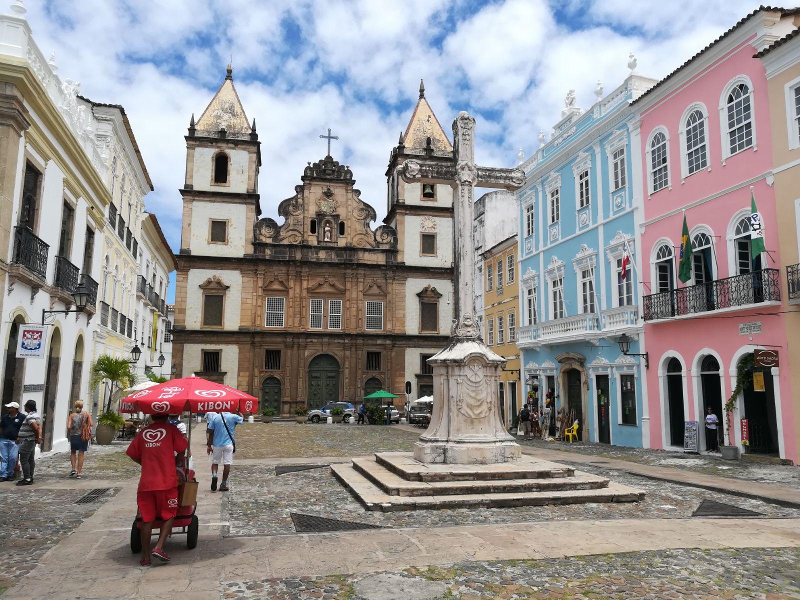 El Pelourinho es uno de los lugares turísticos que ver en Salvador de Bahía