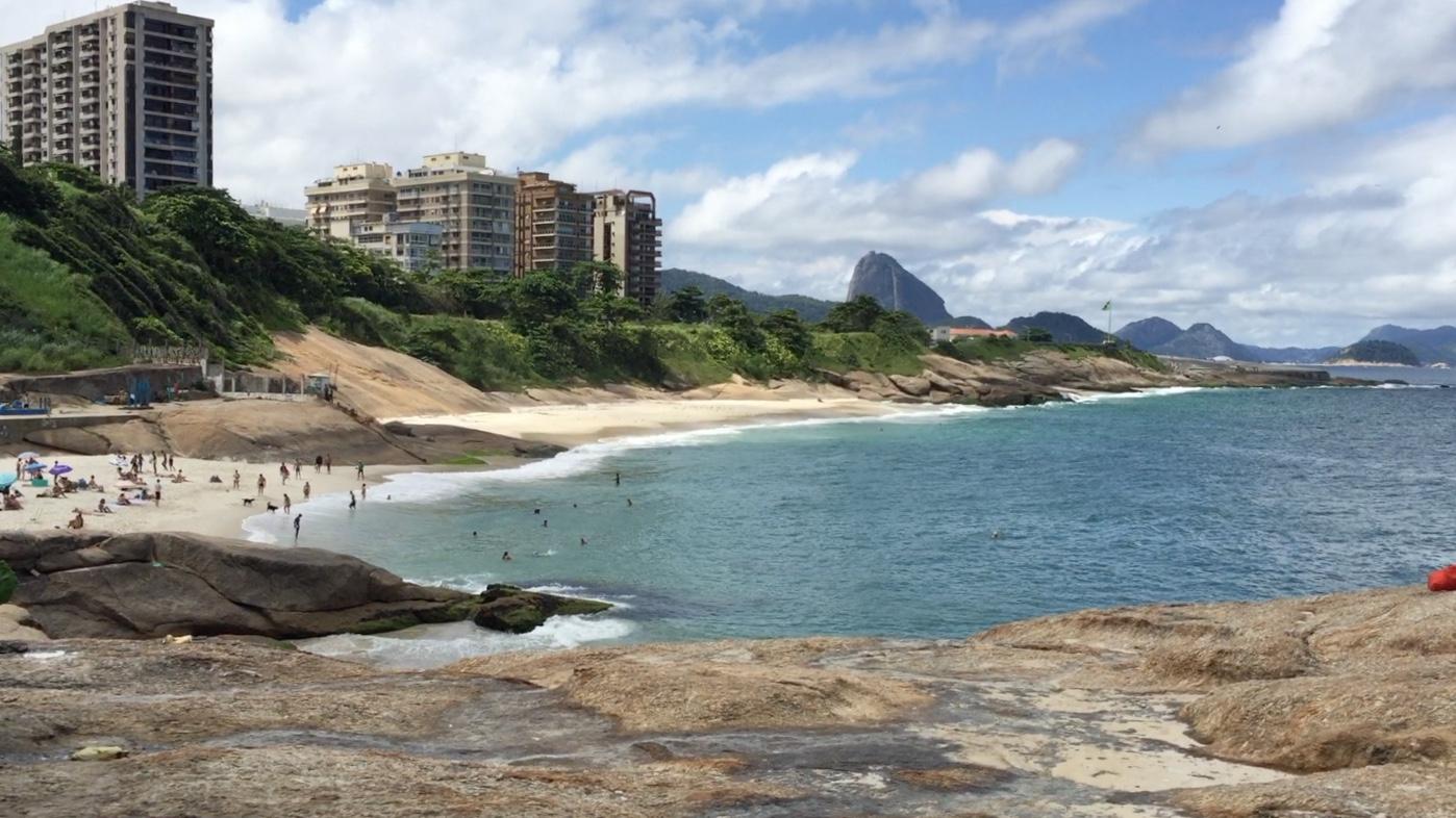 Punta del Arpoador, entre las playas de Ipanema y Copacabana, una de las mejores cosas que ver y que hacer en Rio de Janeiro