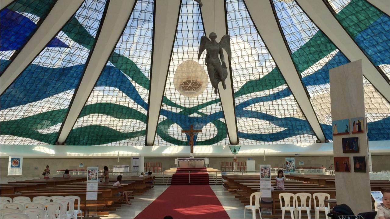 Qué ver en Brasilia; la Catedral Metropolitana de Brasil