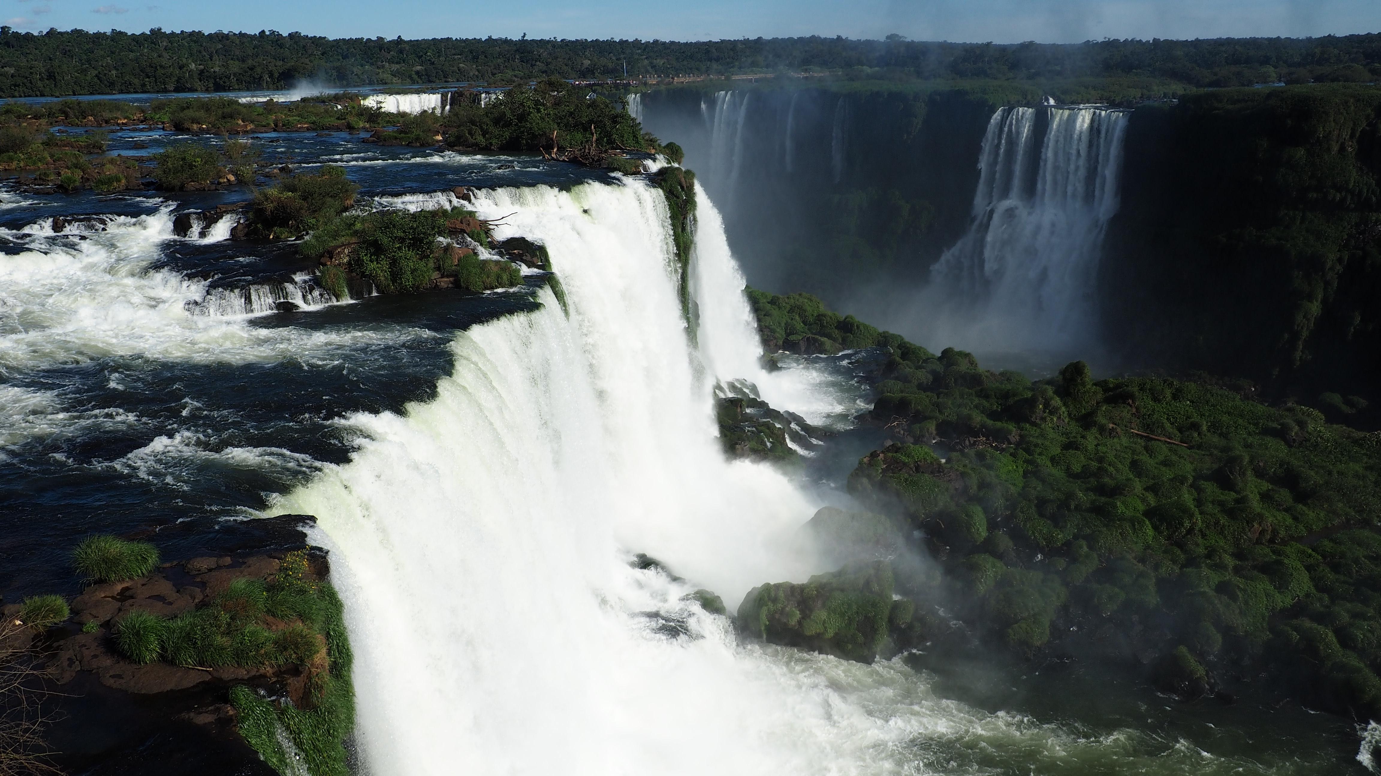Cataratas de Iguazú vistas desde Brasil