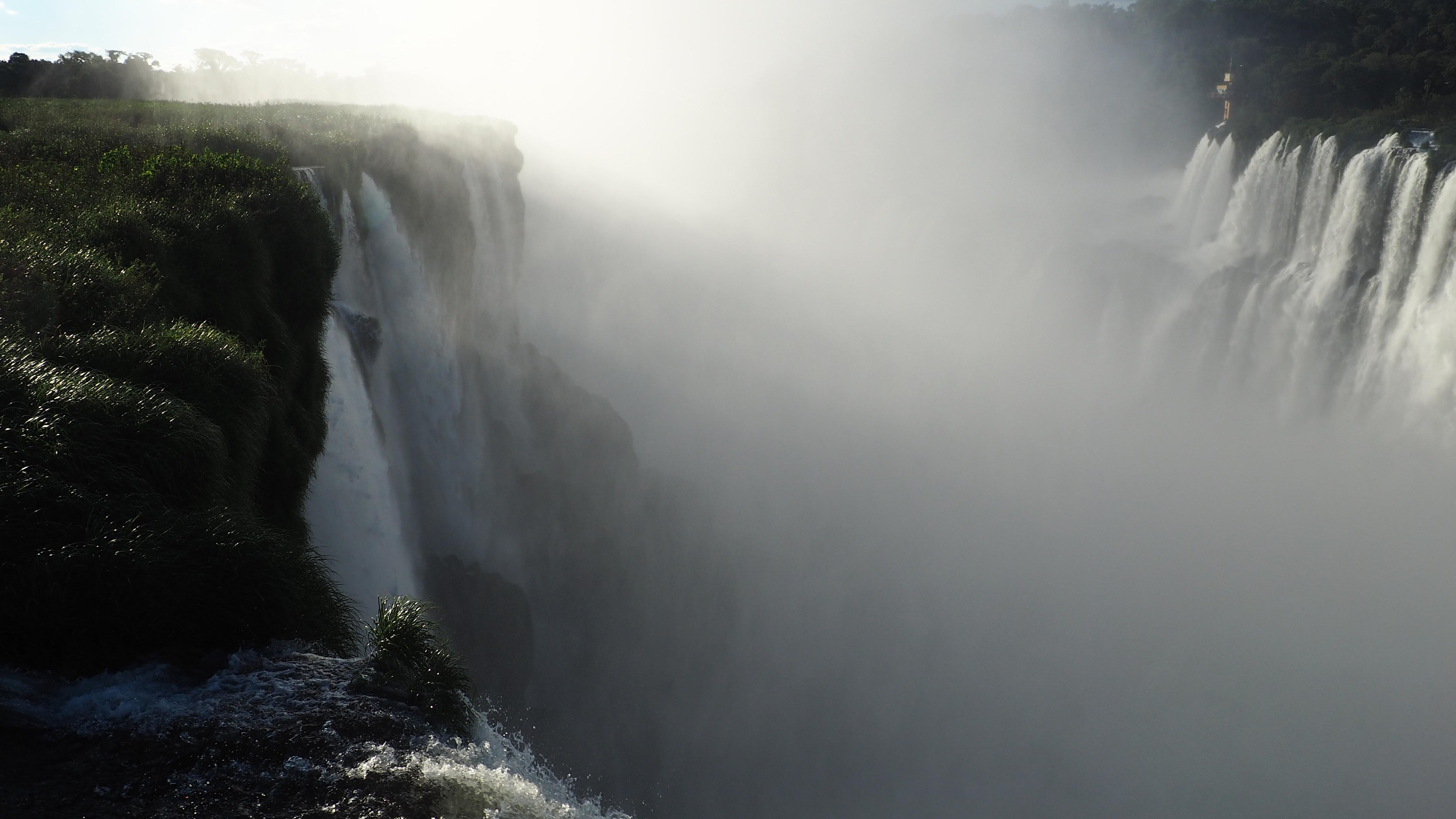 Vista de la Garganta del Diablo. Visitar las Cataratas de Iguazú es pura magia