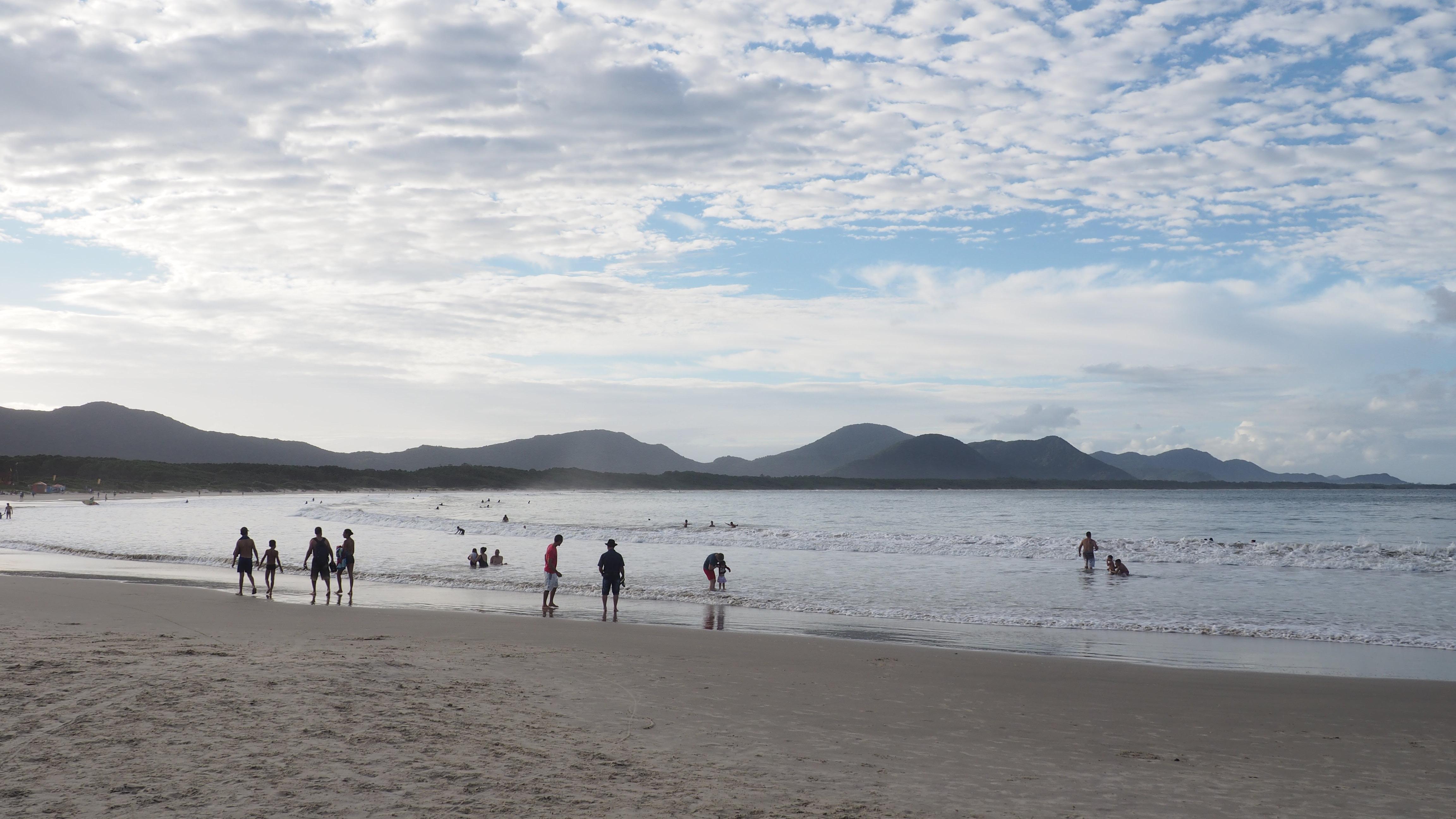 Playa de Barra da Lagoa, a la izquierda y de frente la playa de Mozambique