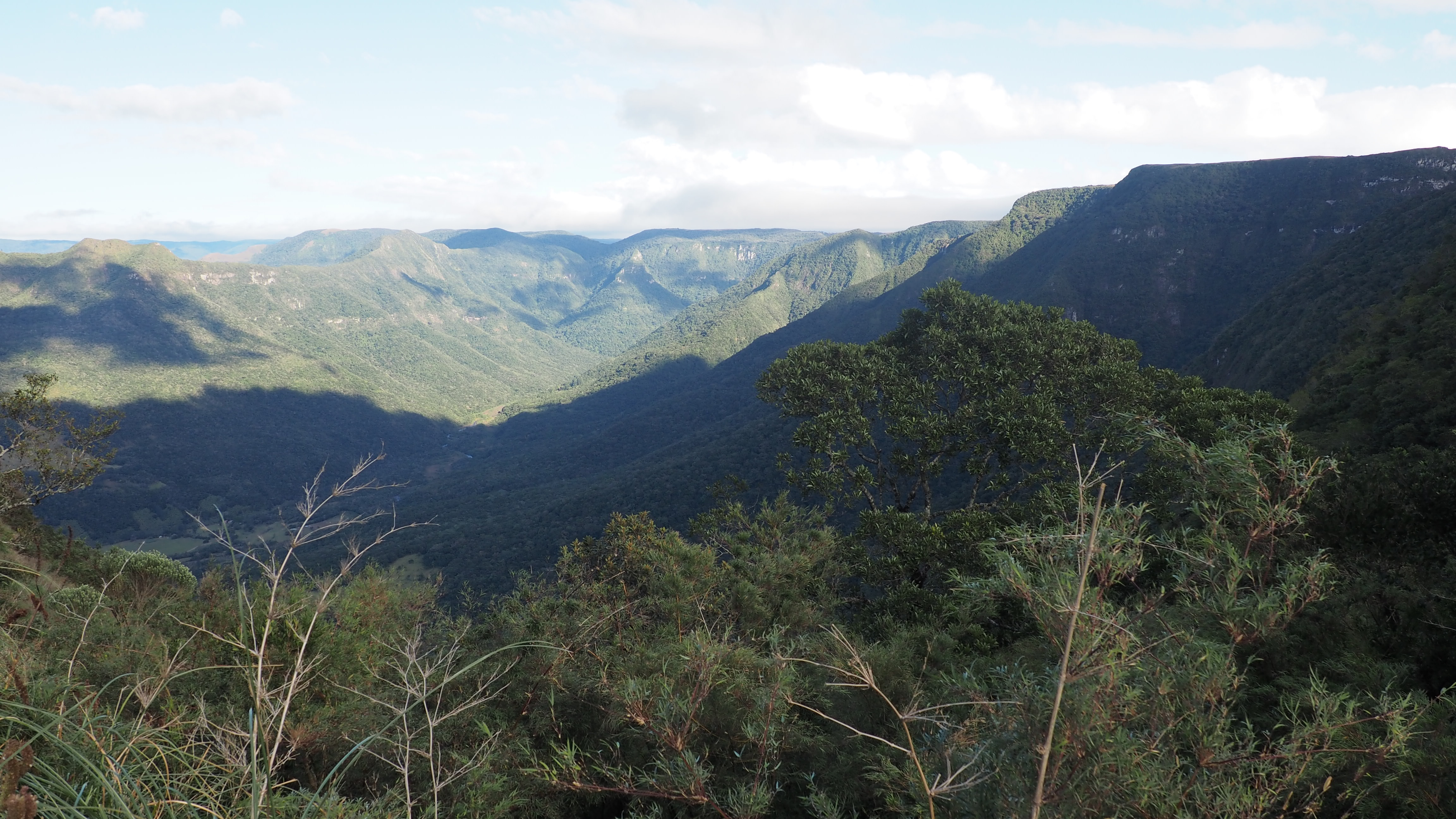 Vistas del Parque Nacional Aparados da Serra. Cómo llegar al Cañón de Itaimbezinho