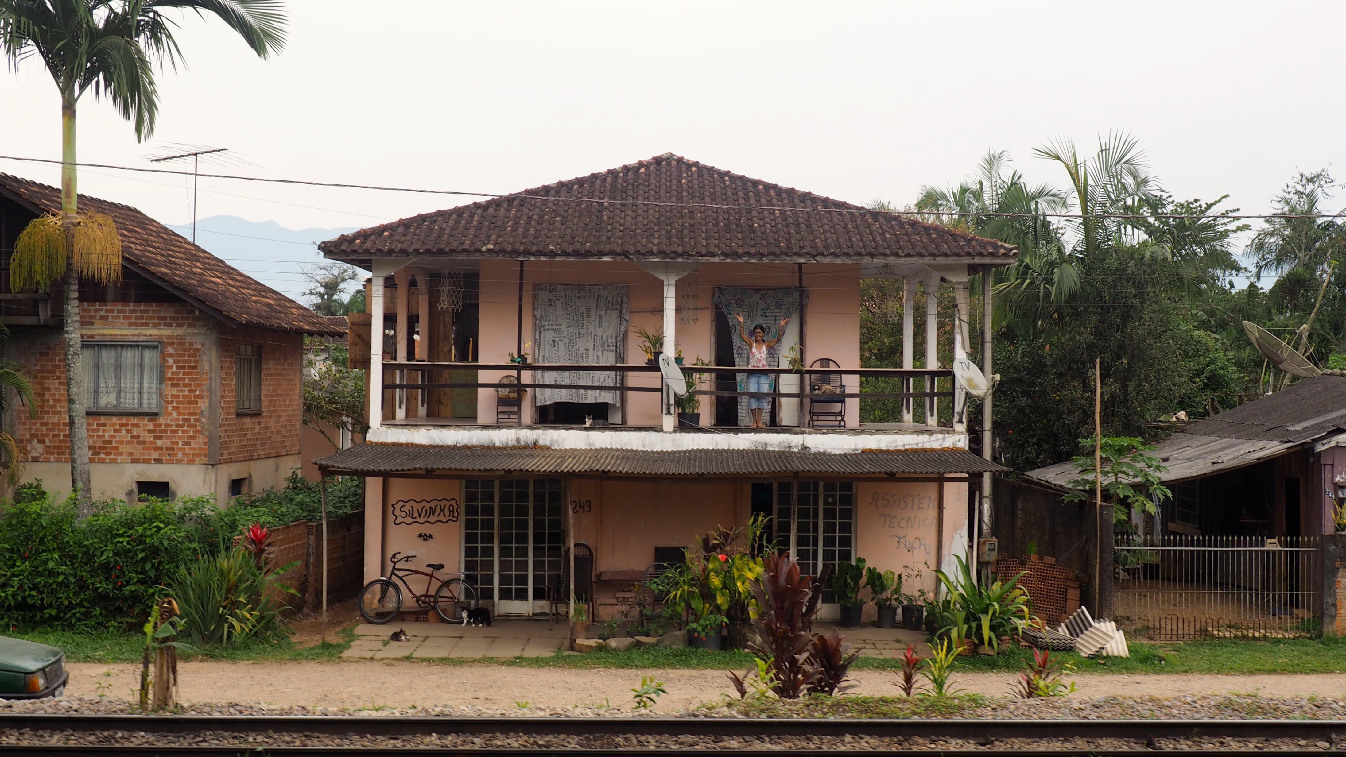 Llegando al final del trayecto que cubre el tren turístico de Curitiba a Morretes