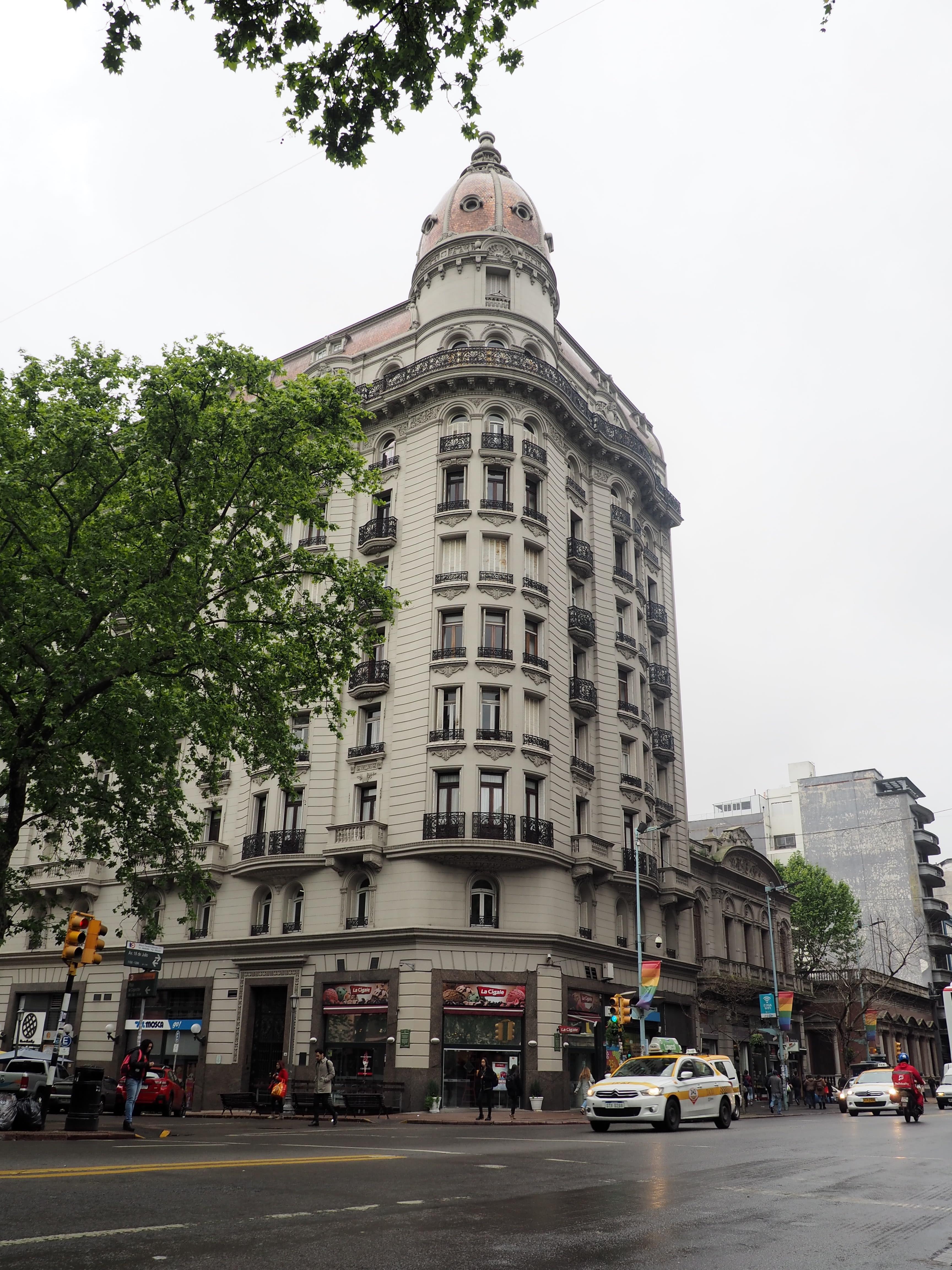Avenida 18 de julio, la Gran Vía de Montevideo