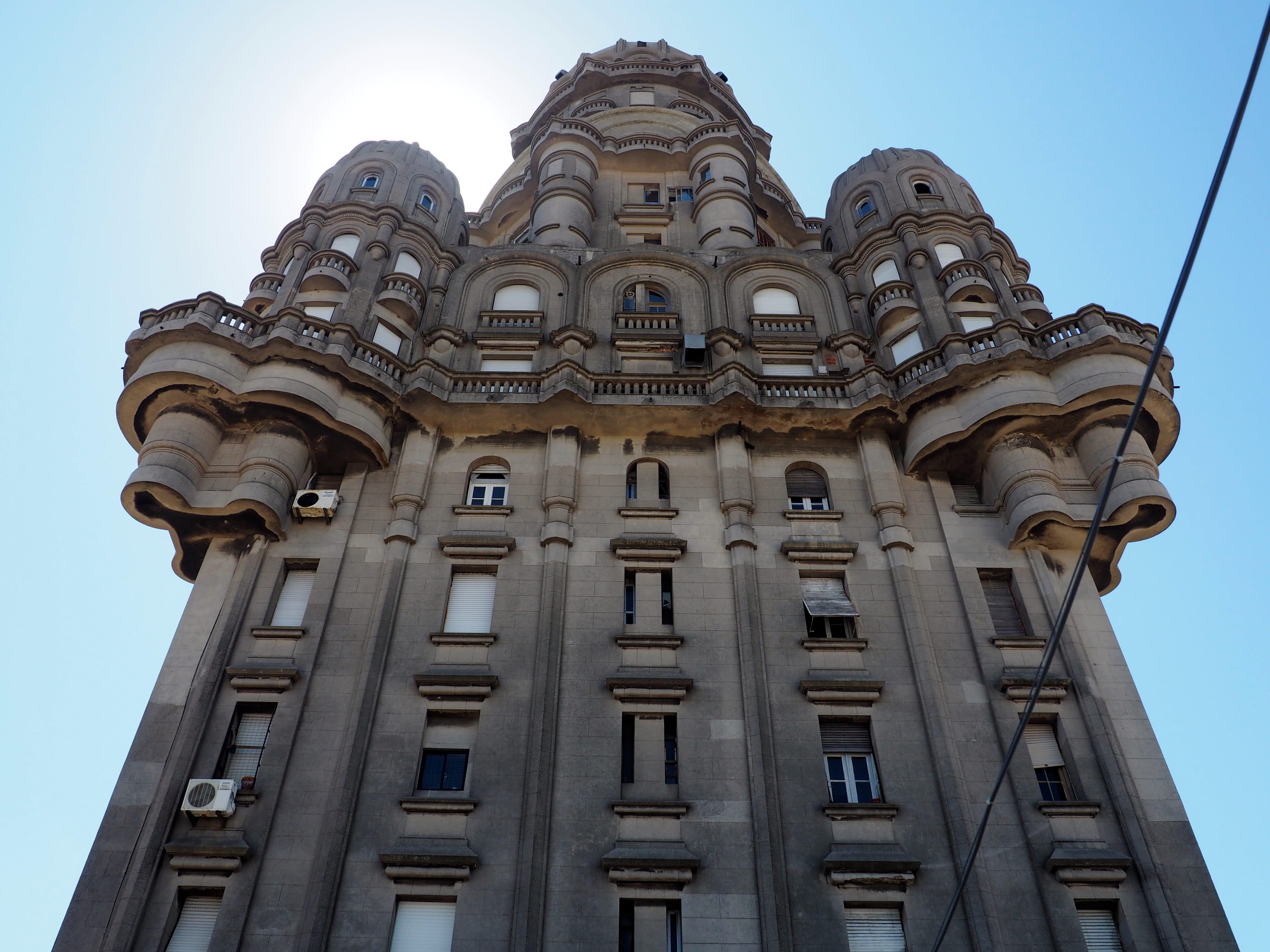 Dónde dormir en Montevideo; Palacio Salvo