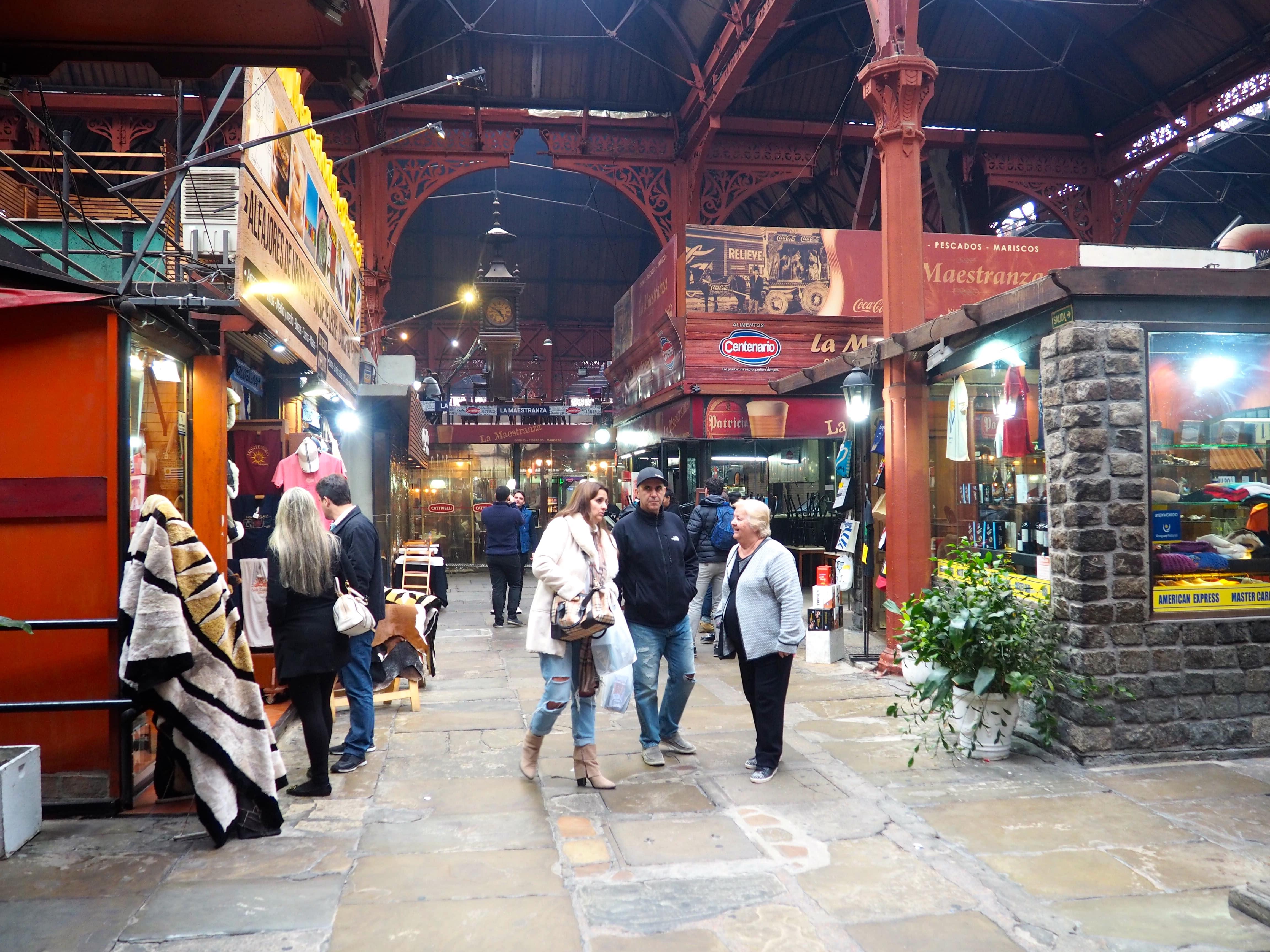 Dónde comer en Montevideo; Mercado del Puerto en Montevideo