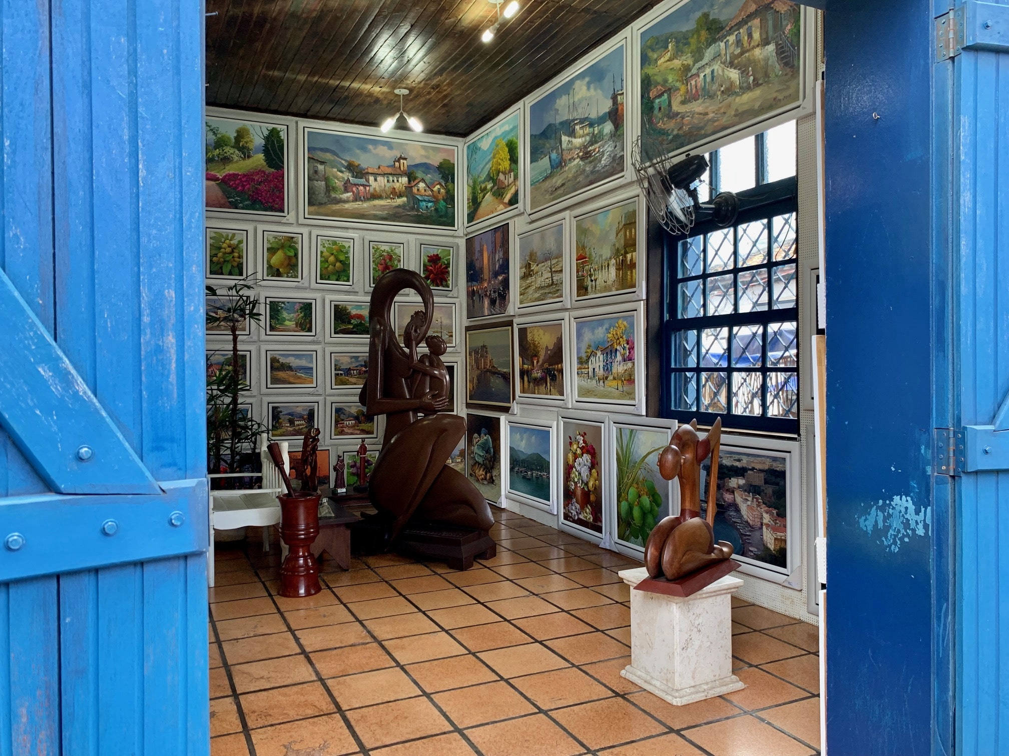 Feria en Embu das Artes (Brasil)