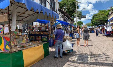 Qué hacer en Embu das Artes Feria Artesania Comida