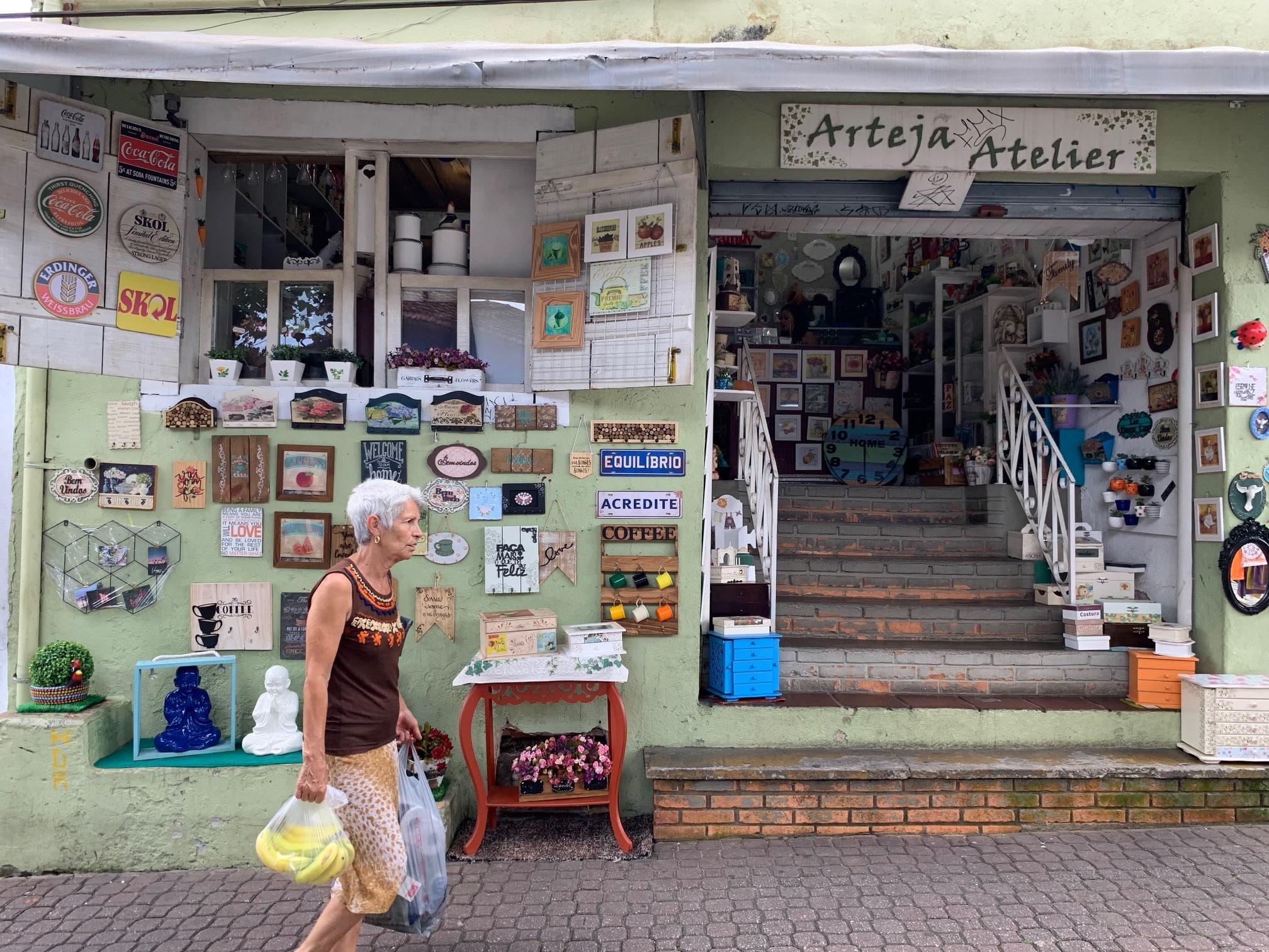 Feria de Embu das Artes; plan de fin de semana cerca de Sao Paulo