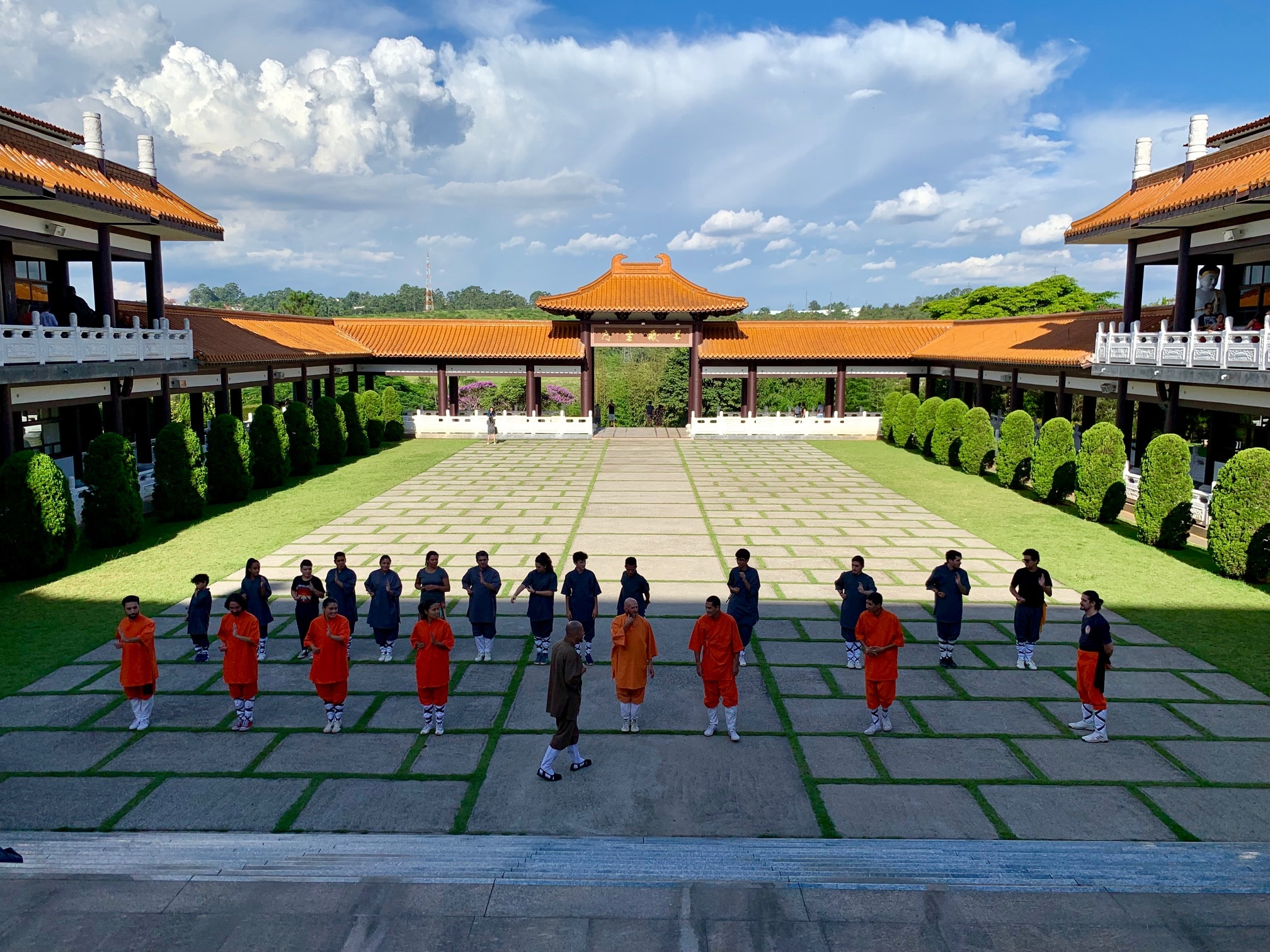 Templo Budista Zu Lai cerca de Embu das Artes
