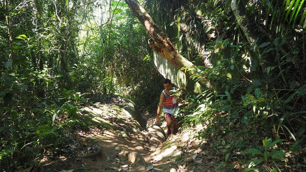 Caminata a Lopes Mendes trilla