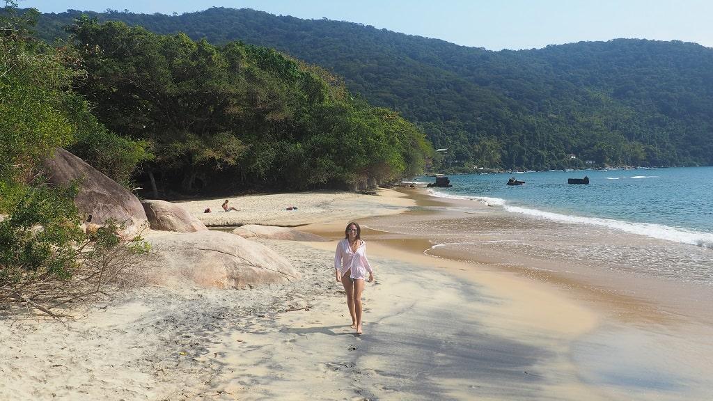 Praia Preta, la playa cerca de Abraao (Ilha Grande)