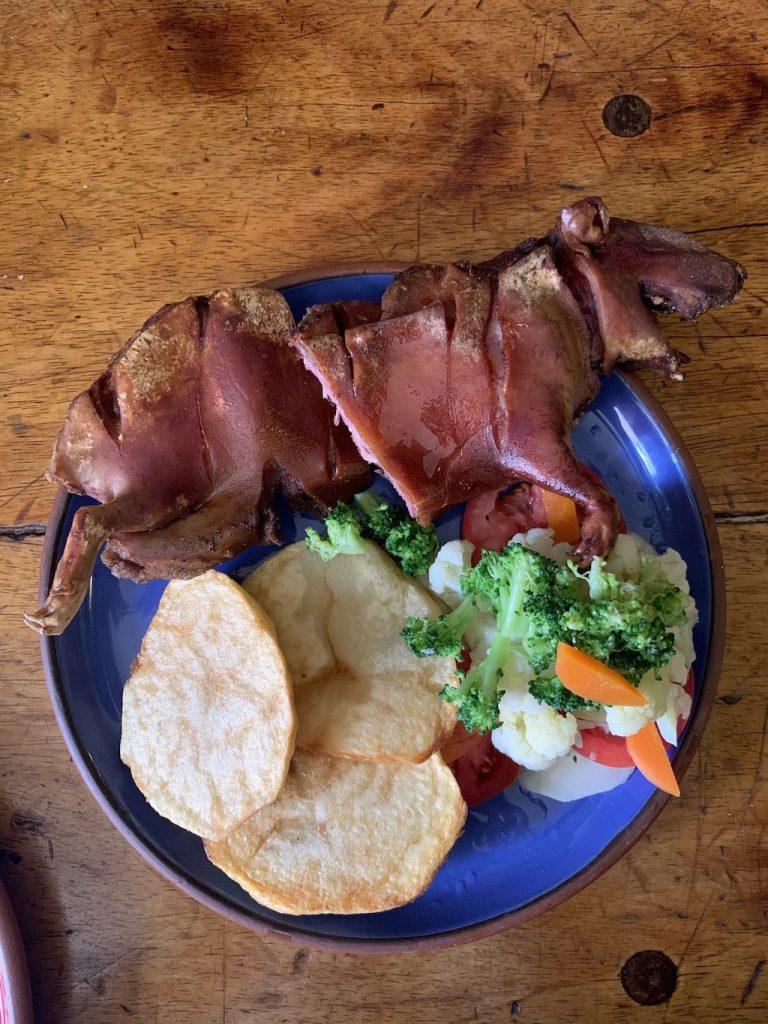 Comer cuy en Cuzco