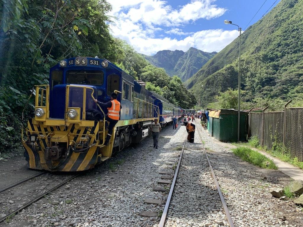 Cómo llegar a Machu Picchu en tren desde Cusco. Perú Rail.