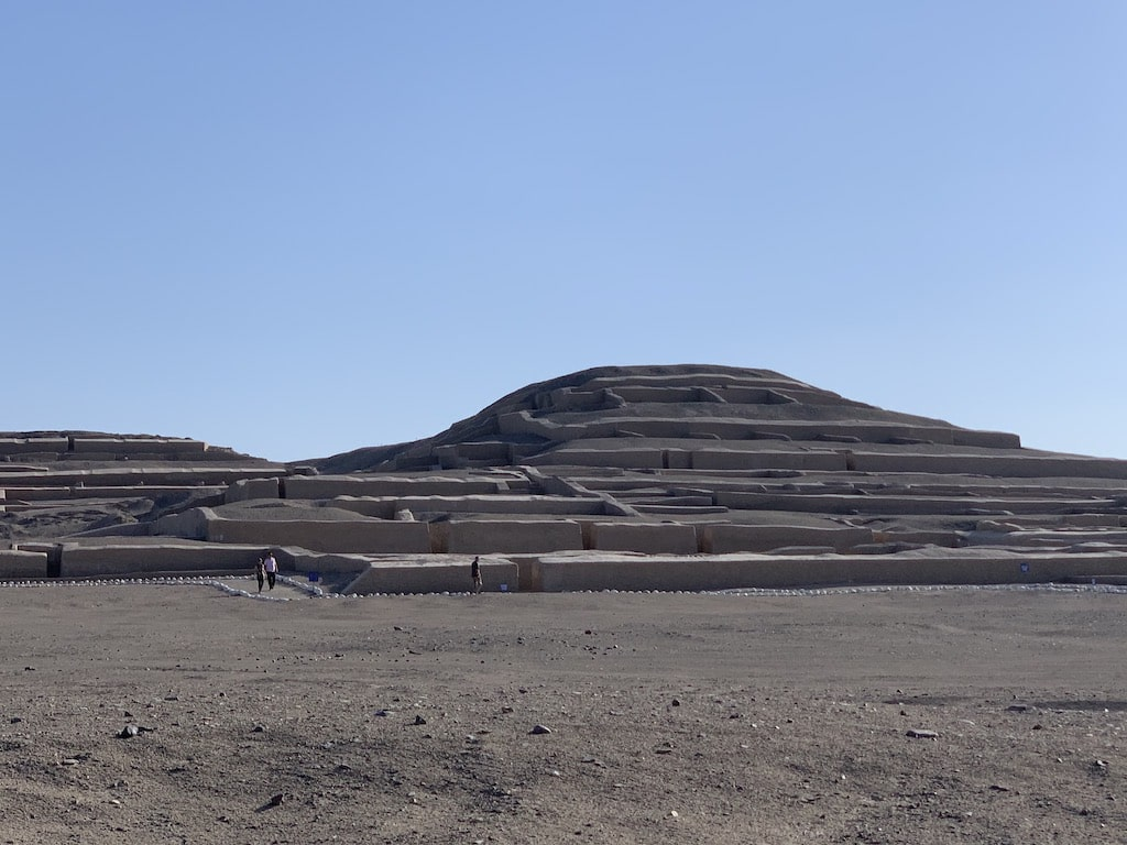 Ruinas de Cahuachi en Nazca Perú