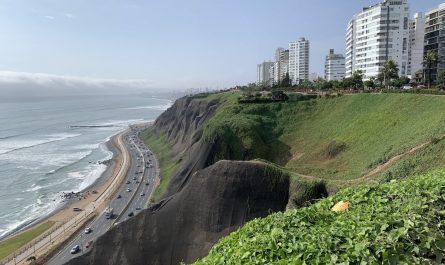 Qué ver en Lima, qué visitar en Lima y qué hacer en Lima. En 2 días o en 3 días, barato y gratis. En los barrios Miraflores, Barranco, San Isidro y Centro.