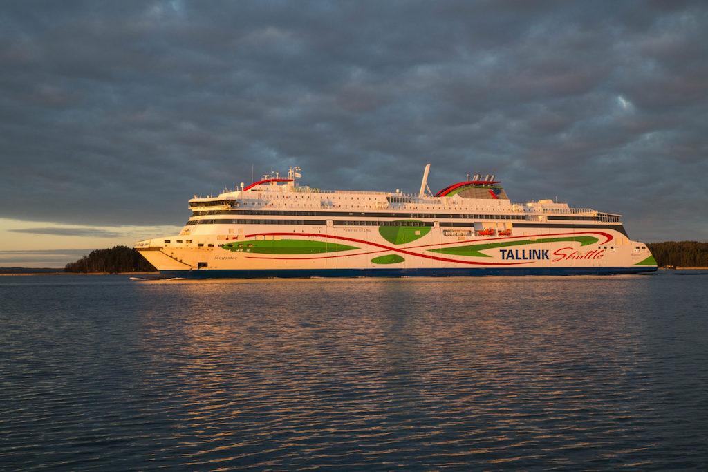 Ferry Tallin Helsinki