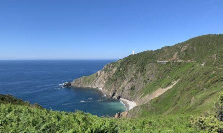 Ruta al Faro de Gorliz, cómo llegar al Faro de Gorliz desde Armintza y desde Gorliz, y qué ver en el camino.