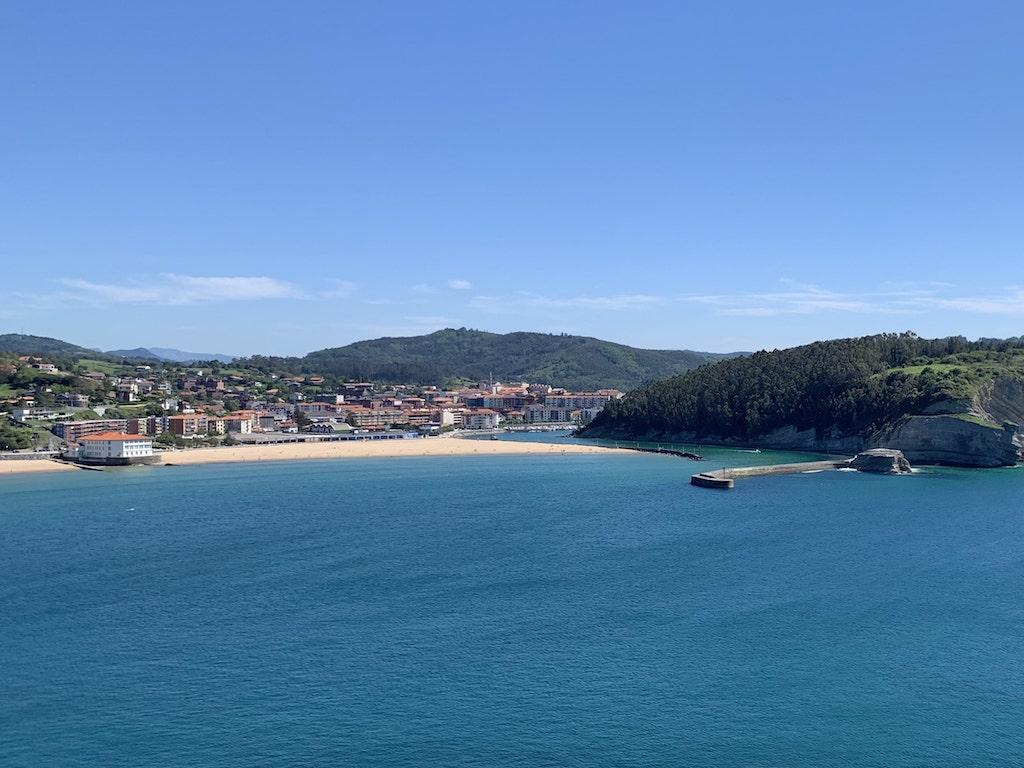 Playa de Plentzia en Bizkaia (Costa Vasca)